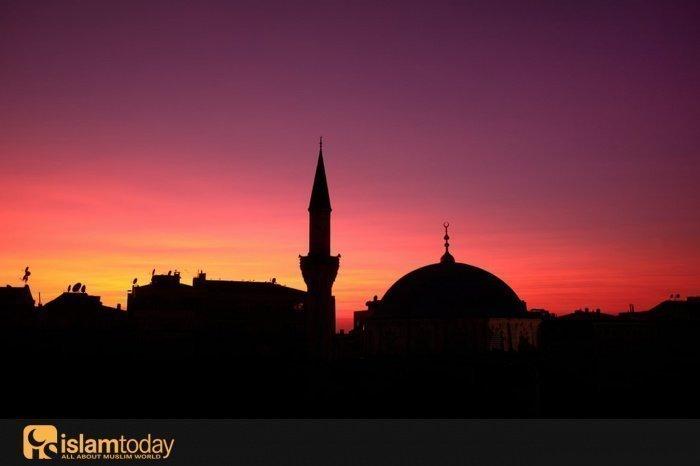 Мечеть, в которой Всевышний запретил совершать намаз (Источник фото: unsplash.com).