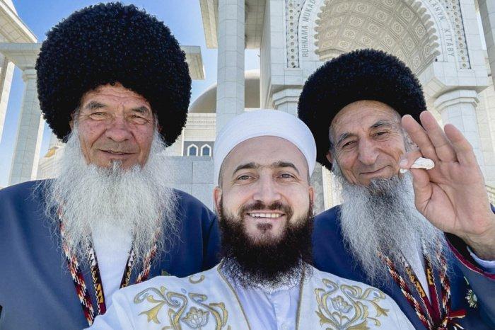 В Ашхабаде состоялась встреча муфтиев Татарстана и Туркменистана (Фото)