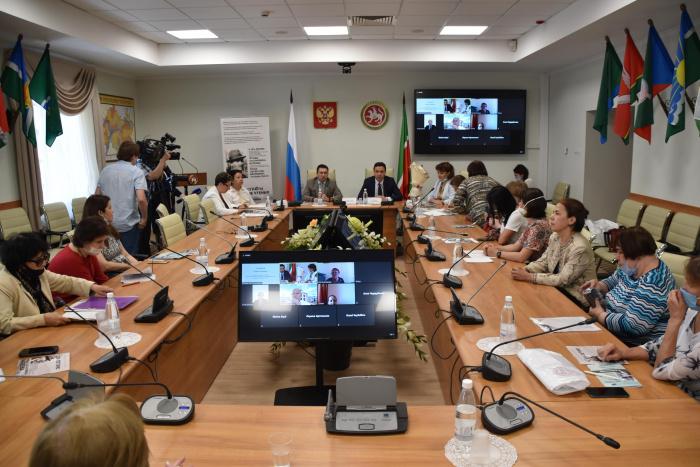 Валеевские чтения: как сохранить татарскую культуру и быть в тренде