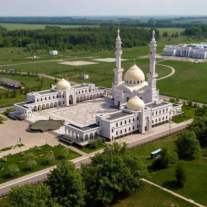 Белая мечеть (Источник фото: skyscrapercity.com).