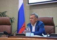 Минниханов встретился с родителями погибших в школе №175 детей