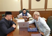 Муфтий встретился руководителем сети быстрого халяльного питания «Тюбетей»