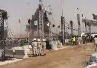 Истребитель разбился во время военного парада в Ливии