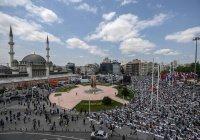 В Стамбуле открылась третья по величине мечеть Турции