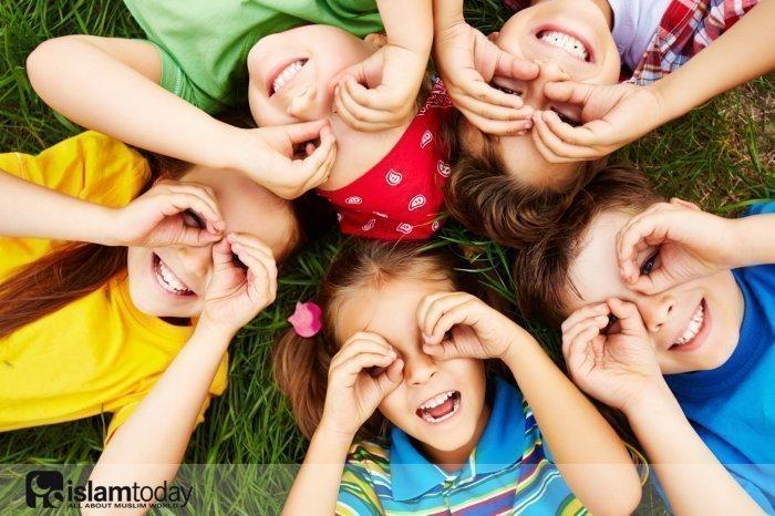 Как в исламе заботится о детях? (Источник фото: freepik.com).
