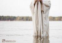 Кого называли проповедником среди пророков?