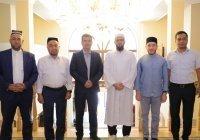 Муфтий Татарстана посетил резиденцию ДУМ Узбекистана