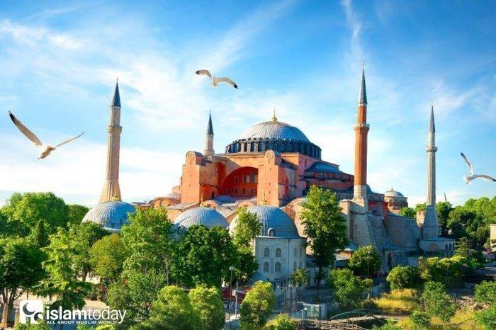 Айя София: как султан Мехмед II сделал ее мечетью (Фото: moystambul.ru).