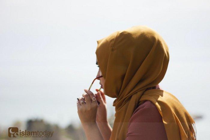 Набожные мусульманки дорожат своей семьёй и статусом замужней женщины (Фото: unsplash.com).