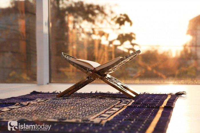 Самые лаконичные, но в то же время, охватывающие практически все нужды человека мольбы звучали из уст нашего любимого Пророка (ﷺ) и его сподвижников (Фото: shutterstock.com).