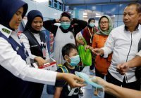 В Индонезии детей от 12 лет начали вакцинировать от коронавируса
