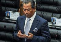 Премьер-министру Малайзии грозит отставка из-за пандемии