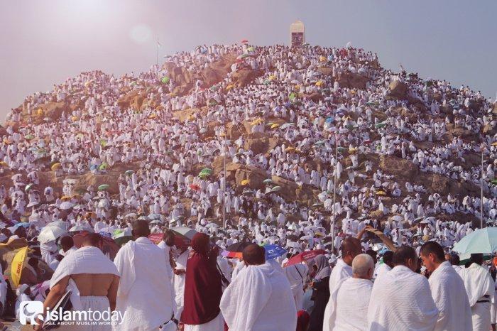 Хадж – пятый столп ислама (Фото: shutterstock.com).