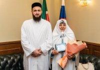 Муфтий РТ встретился с известной проповедницей Сайдой Аппаковой