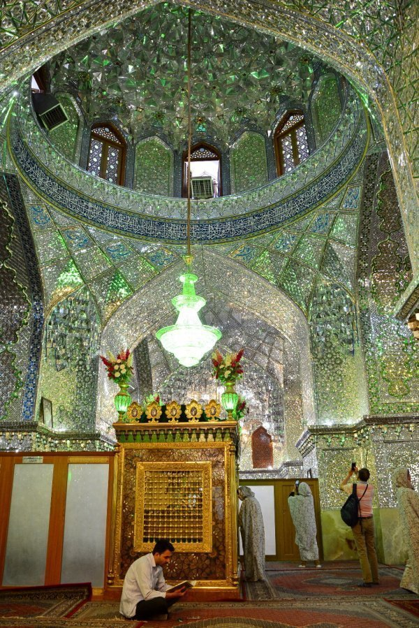 Иран: страна фантастических витражей