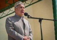 Минниханов открыл исламский центр «Бердэмлек» в Высокой Горе