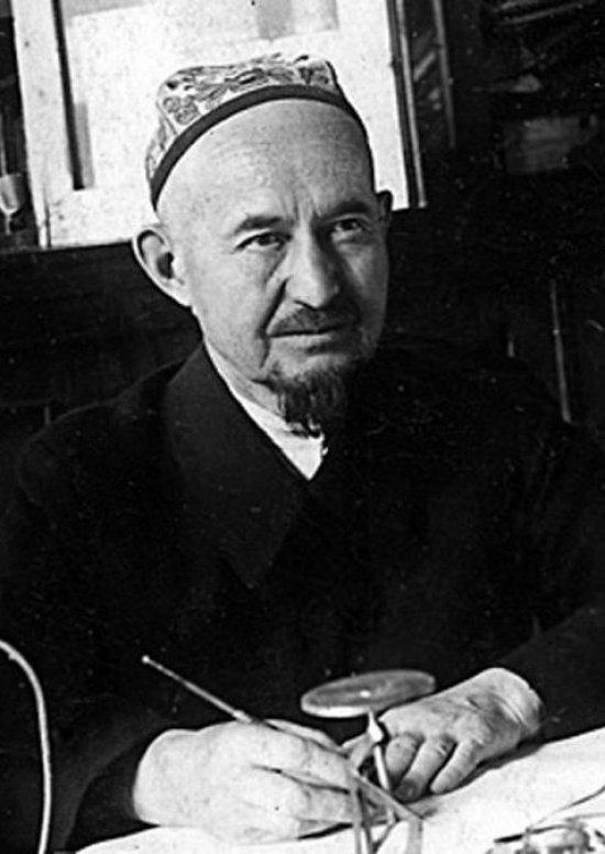 Муфтий Габдрахман Расулев (1889-1950). Источник фото cdum.ru.