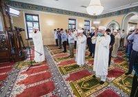 Муфтий РТ провел Курбан-байрам в Галеевской мечети (Видео)