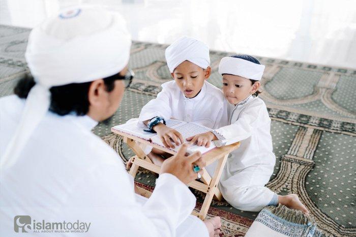 «Мы не оставим им наших детей» (Фото: shutterstock.com).