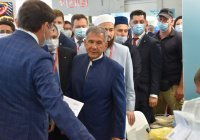 Рустам Минниханов посетил Russia Halal Expo (ФОТО)
