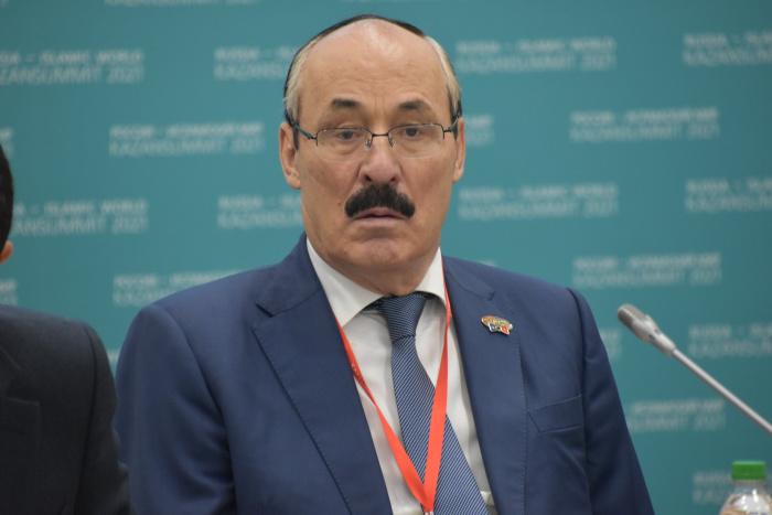 Рамазан Абдулатипов, постоянный представитель России при Организации исламского сотрудничества.
