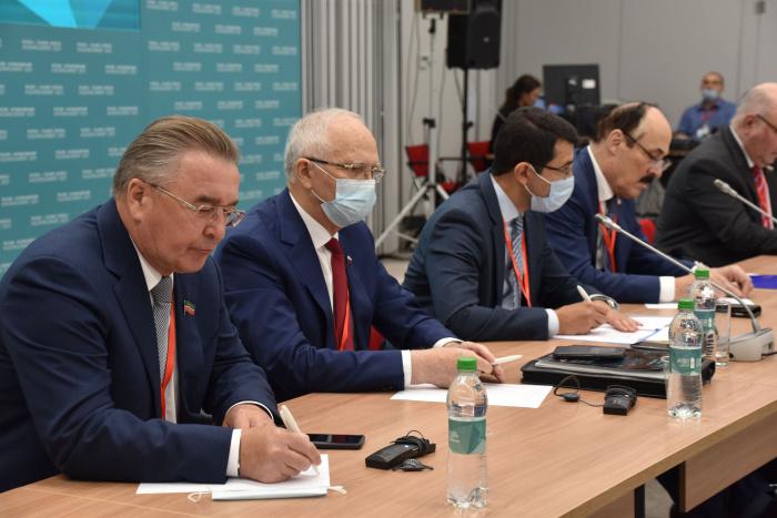Участников объединяет желание не просто укрепить связи между своими странами, но также развить молодёжную дипломатию.