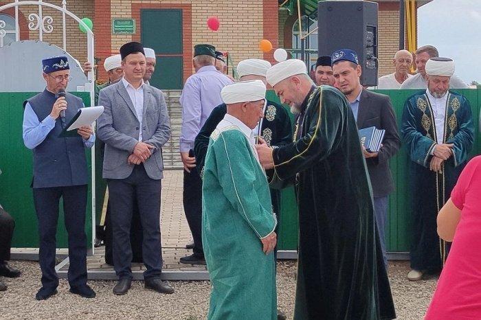 В Муслюмовском районе открылась новая мечеть (Фото)