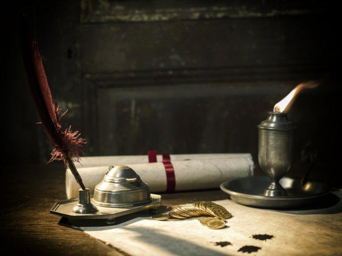 «Разговор с тобой – это моё личное, поэтому я и зажёг личную свечу» (Фото: elements.envato.com).