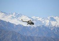 В Таджикистане разбился вертолет, летевший спасать россиян