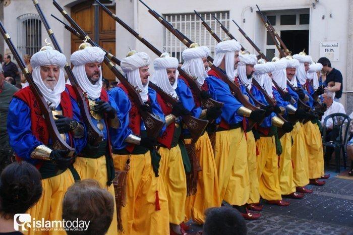 «Мавры». Во время костюмированного фестиваля в Ольвии. Источник фото wikipedia.org