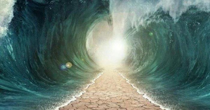 Чудо, дарованное пророку Мусе (а.с.) (Фото: kaskus.co.id).