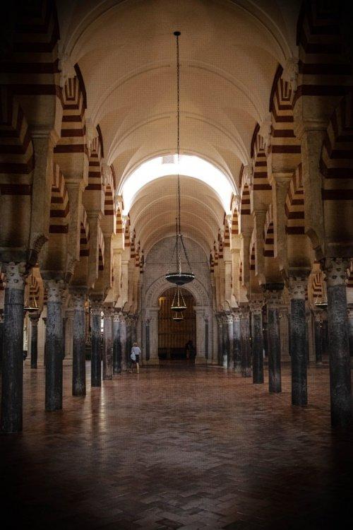 Через 800 лет после Великая мечеть была превращена в церковь (Фото: sacredfootsteps.org).