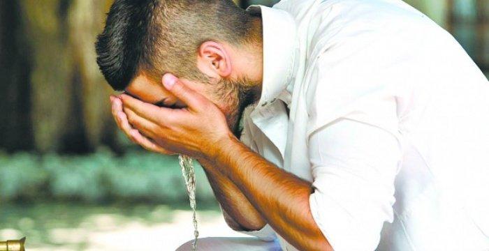 Верующему следует быть чистым во всех планах (Фото: as-salam.ru).