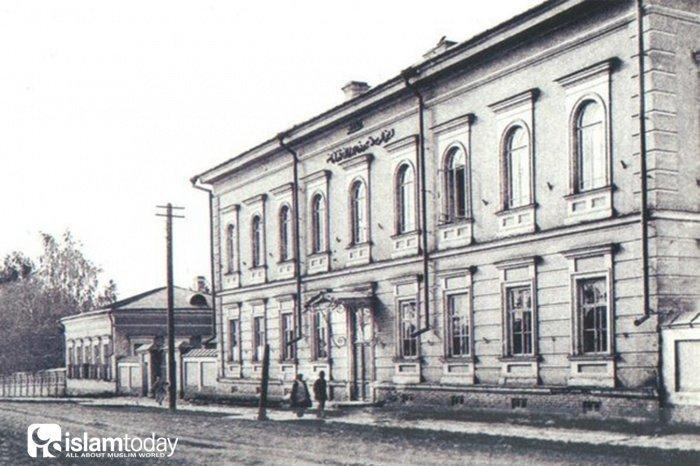 Оренбургское магометанское духовное собрание (Фото: realnoevremya.ru).