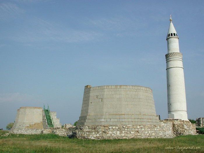 Состояние Соборной мечети в 2001г. Фото 1