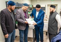 Фонд АПМ РФ подарил медресе «Мухаммадия» мебель и учебники