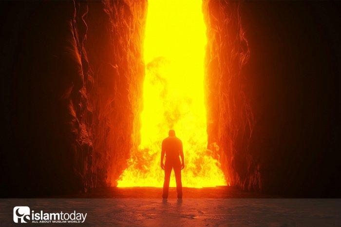 Последним, кто войдёт в Рай, станет мужчина, который будет идти, спотыкаясь, и огонь время от времени будет обжигать его (Фото: shutterstock.com).