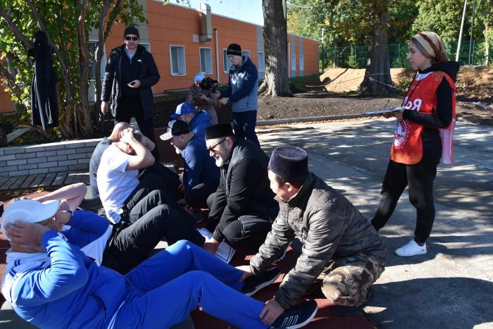 В акции ежегодно принимают участие как молодые имамы, так и уже возрастные.