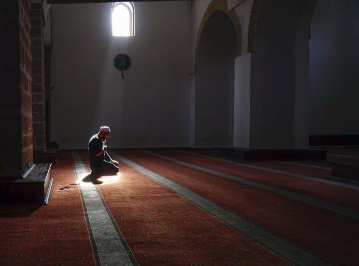 Во время молитвы мозг человека перепрограммируется.