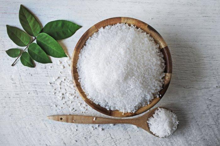 Соль запускает и облегчает пищеварительные процессы (Фото: shutterstock.com).