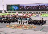 Минниханов посетил парад в честь 30-летия независимости Туркменистана