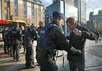 Во Франции закрыли 650 центров экстремистской пропаганды