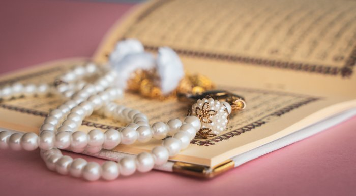 Коран воздействует на глубокие слои сознания естества человека (shutterstock.com).