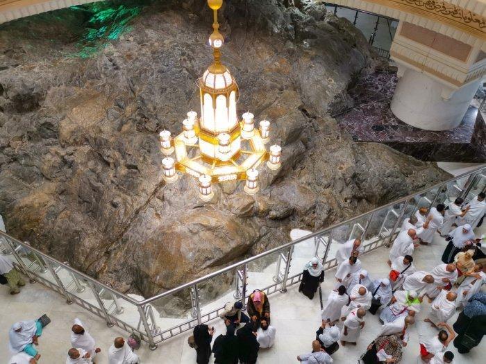 «Аллах не сочтет завершенным хадж того, кто не совершит сай (бег) между холмами Сафа и Марва» (Фото: shutterstock.com).