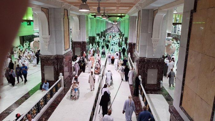 Первоначально мусульмане негативно относились к бегу между холмами Сафа и Марва (Фото: shutterstock.com).