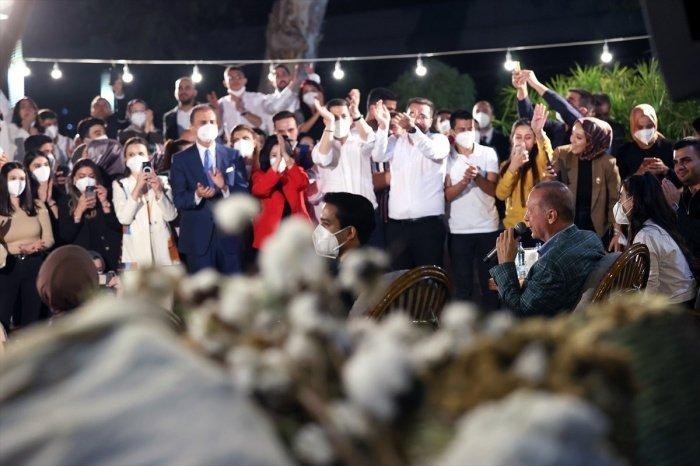 Эрдоган продемонстрировал свой кулинарный талант (Фото, видео)