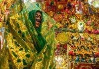 Иранская свадьба: жертвоприношения, нарядные верблюды и женщины в масках