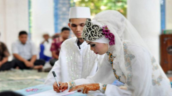 Действителен ли никах (мусульманский брак) без опекуна?