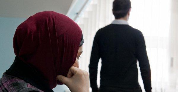 Не нарушает ли супруг мои права?