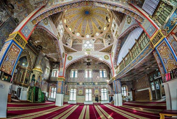 Каковы правила поведения в мечети?
